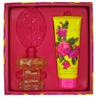 Betsey Johnson by Betsey Johnson - Gjafasett -- 3.4 oz Eau De Parfum Spray + 6.7 oz Shower Gel f. dömur