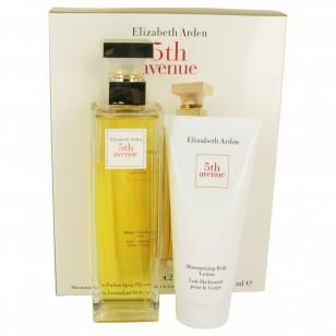 5TH AVENUE by Elizabeth Arden - Gjafasett -- 4.2 oz Eau De Parfum Spray + 3.3 oz Body Lotion f. dömur