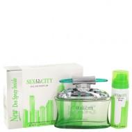Sex In The City Kiss by Unknown - Eau De Parfum Spray + Free 1.7 oz Deodorant Spray 100 ml f. dömur